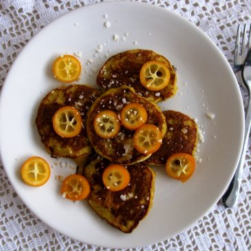 3-minute Mini Banana Pancakes