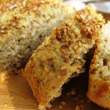Aromatični beskvasni kruh s mlaćenicom