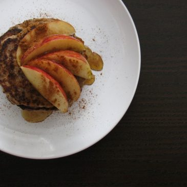 Spelt flour, Banana and Chia Pancakes + a Trick for using chia as an egg substitute