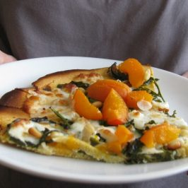 Socca with Apricots, Arugula and Goat cheese (Pizza style)