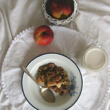 Crumble s rabarbarom i jabukama