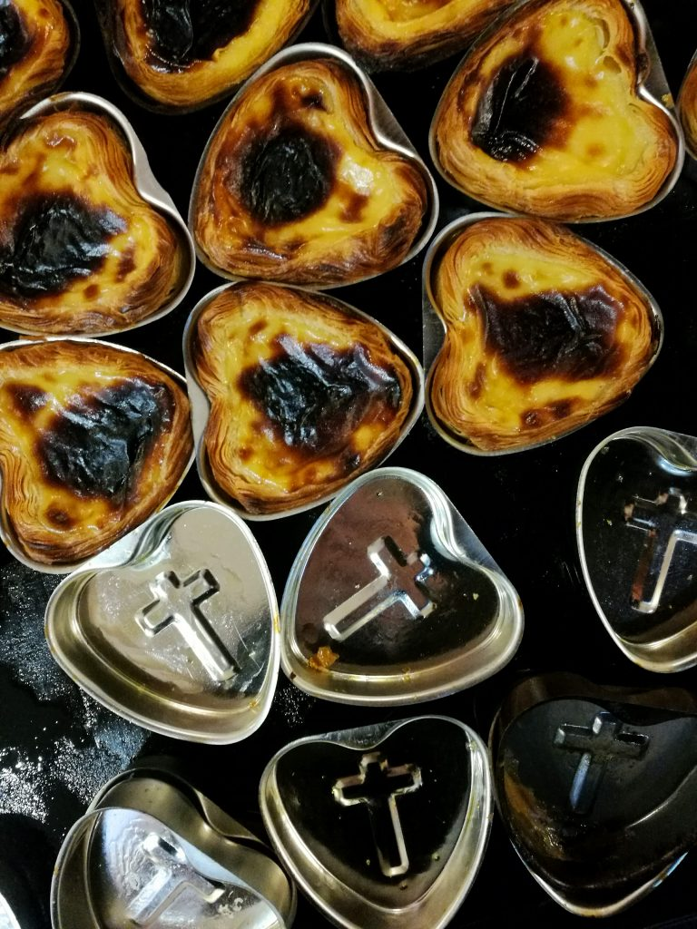 Pastel de Nata - culinary postcards