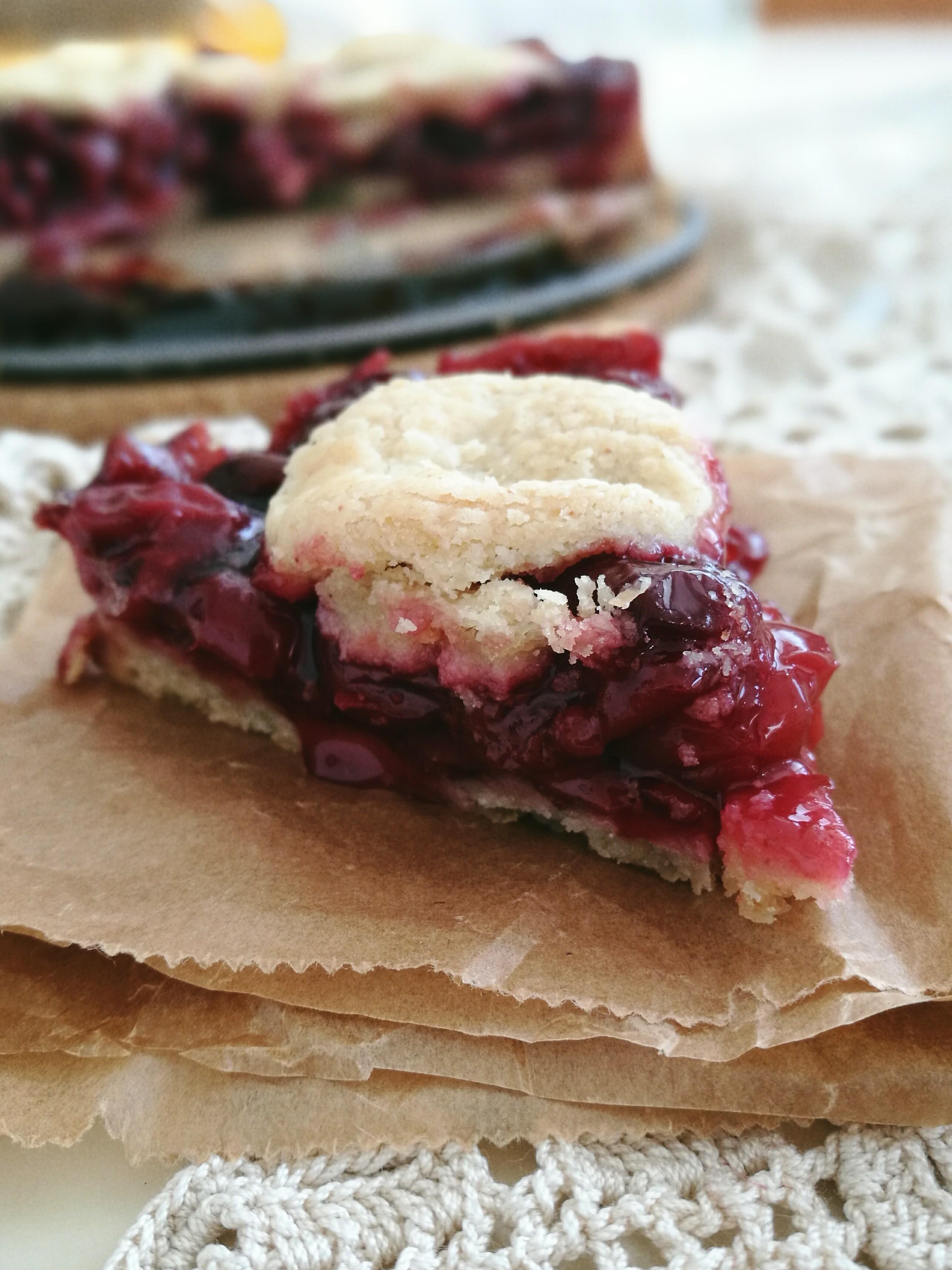 Cherry Pie (gluten free, refined sugar free)